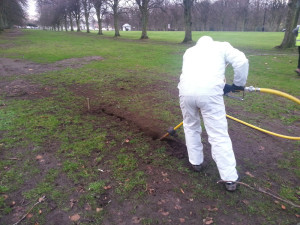 airspading-trench-at-stormont